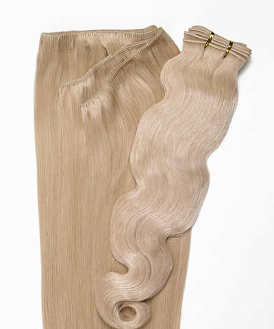 Peak´s Weft #613 vågig light blonde REMY